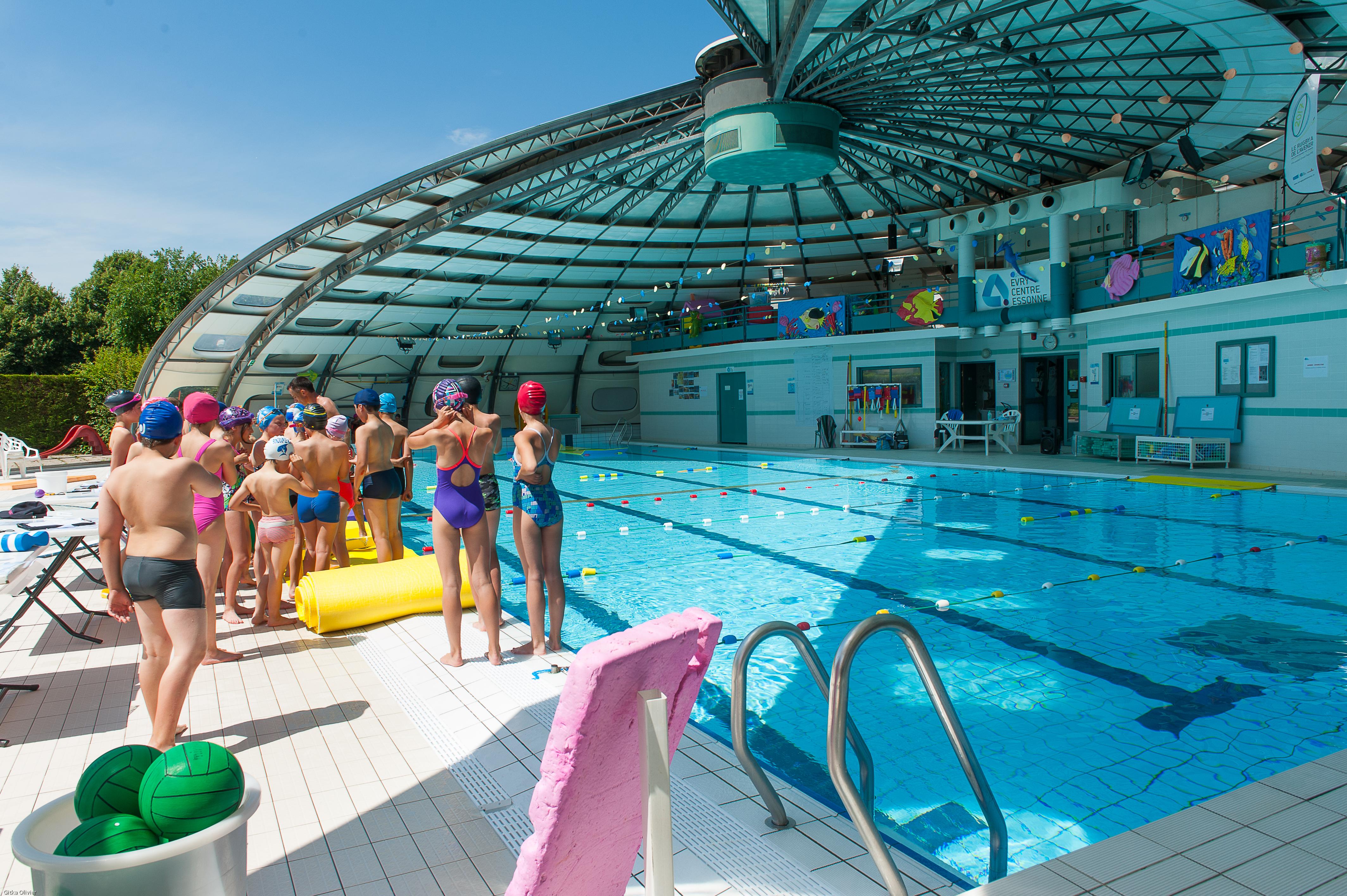 Impressionnant piscine pour femme ile de france piscine for Piscine des halles