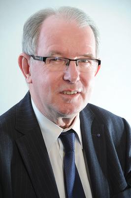 M. Jacques Longuet