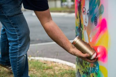 c215-prochain-artiste-invite-du-festival-wall-street-art-image-1