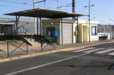 Gare_de_Villabe_IMG_1197.jpg