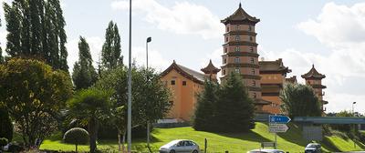 pagode_evry_05 72dpi.jpg