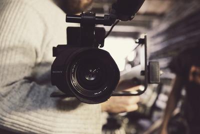 camera-690163_1920.jpg